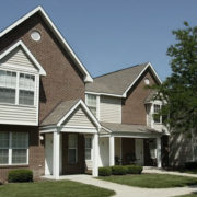 Vista_Villa_Apartments-Building-Exterior-2